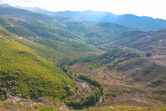 Vallee du bevinco Défilé du Lancone à Olmeta di Tuda